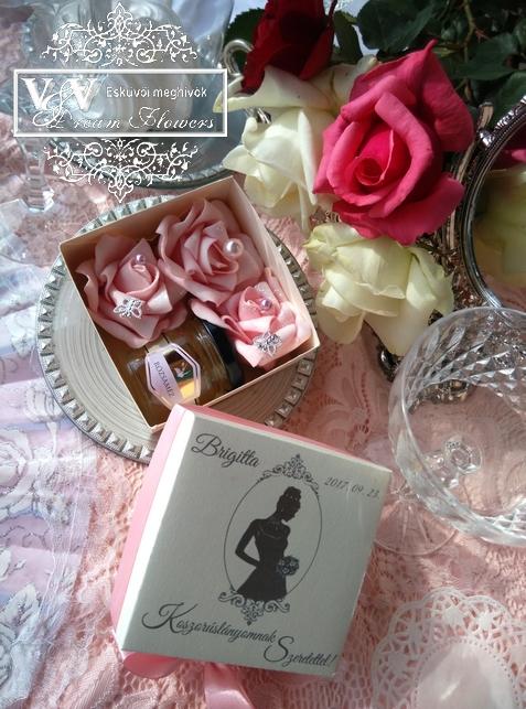 Mini rózsabox koszorúslány vagy női tanú felkérő rózsamézzel