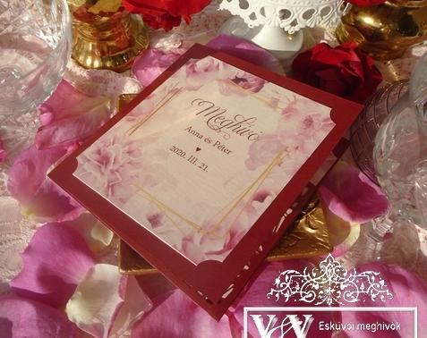 Bordó színű esküvői meghívó rózsaszín rózsákkal