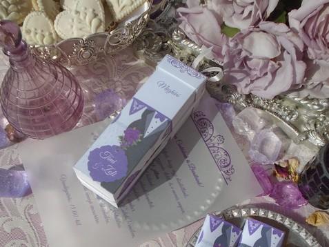 Dobozos esküvői meghívó pausz papír tekercsel